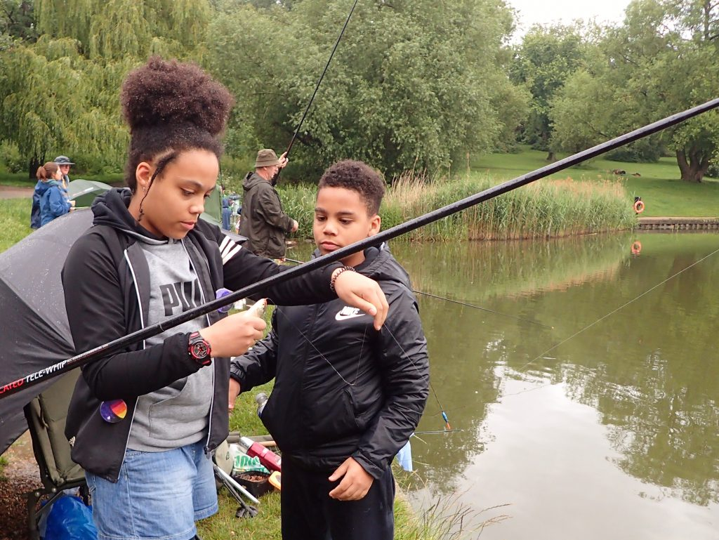 Youngsters fishing